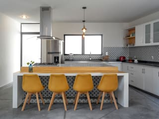 CUBO ROJO Arquitectura Modern style kitchen