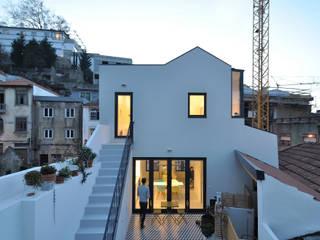 Habitats collectifs de style  par Pedro Cavaco Leitão, Arq.º,