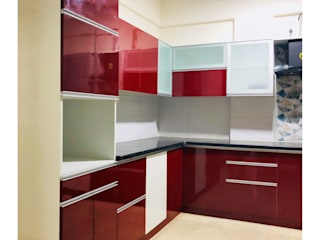 Mrs. Smita's Residence in Whitefield, Bangalore:  Kitchen units by U and I Designs,Modern