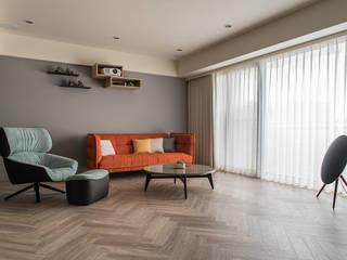 沐暮 现代客厅設計點子、靈感 & 圖片 根據 詩賦室內設計 現代風