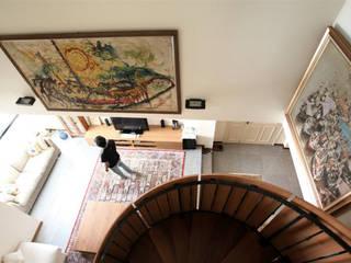 Singapore Penthouse:  Koridor dan lorong by WOSO Studio