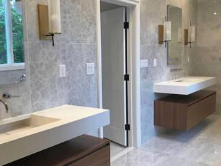 El porcelánico Wagner, protagonista en un impresionante apartamento de Nueva York: Baños de estilo  por ITT Ceramic