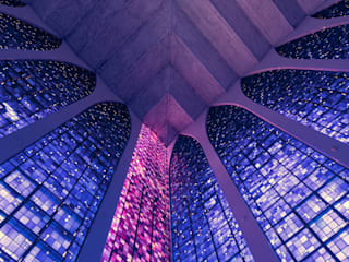 Santuário Dom Bosco: Paredes  por Rafael Serathiuk