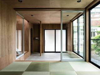 SAIWAIの家: 株式会社 N&C一級建築士事務所が手掛けた廊下 & 玄関です。,