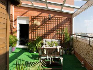 Modern Terrace by Fraimar Aluminios S.L. Modern