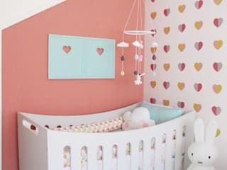 Girls Bedroom by CORES - Arquitetura e Interiores, Modern