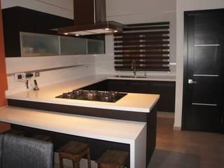 COCINA IBIZA ORIGINALE CUCINE E ARMADI Cocinas equipadas Compuestos de madera y plástico