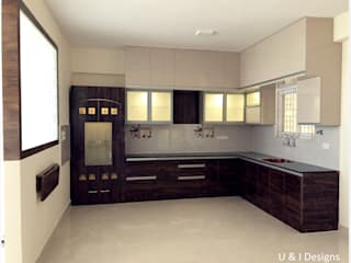 Kitchen with Aluminum Profile Shutters & Profile Handles Modern kitchen by U and I Designs Modern
