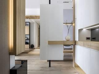 ทางเดินสไตล์สแกนดิเนเวียห้องโถงและบันได โดย 詩賦室內設計 สแกนดิเนเวียน
