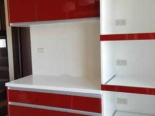 Modern style kitchen by 藝舍室內裝修設計工程有限公司 Modern