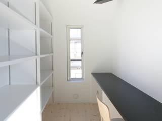 家事室: 石川淳建築設計事務所が手掛けた書斎です。,
