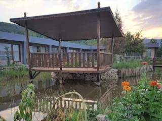 Tefenni Villas – Göl Villaları Burdur:  tarz Bahçe süs havuzu
