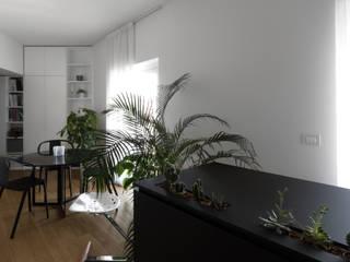 PIBI HOUSE Sala da pranzo minimalista di Atelierzero Architects Minimalista