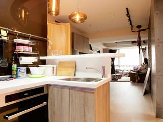 三峽-吳公館(混搭風):  廚房 by Mk-空間設計