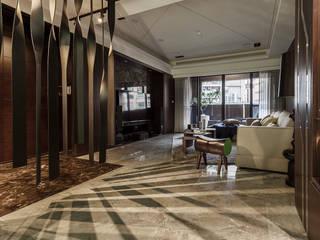 泰山-張公館(低調奢華):  走廊 & 玄關 by Mk-空間設計