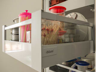 حديث  تنفيذ Moderestilo - Cozinhas e equipamentos Lda , حداثي