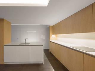 AlbertBrito Arquitectura Cuisine intégrée Bois Blanc