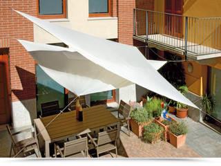 Vela da esterno in poliestere resinato triangolare 3,6 mt di DEGHI Moderno