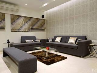 Luxury Residence in Town Modern living room by EVOLVE Modern