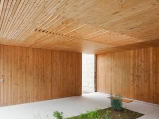 Casas de madera de estilo  por Banema S.A.
