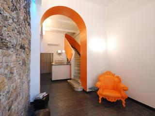 Koridor & Tangga Modern Oleh silvestri architettura Modern