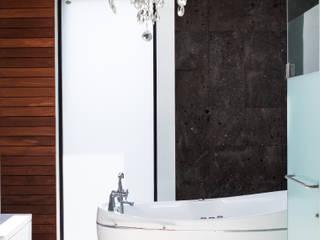 Baño Bosque de Niebla :  de estilo  por Studioyg Diseño Interior