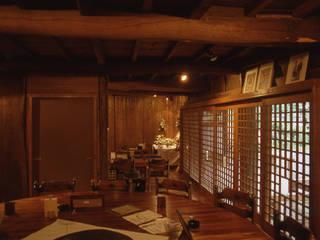 1階茶房客席 : (株)独楽蔵 KOMAGURAが手掛けたレストランです。