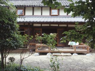 入り口 テラス: (株)独楽蔵 KOMAGURAが手掛けた美術館・博物館です。