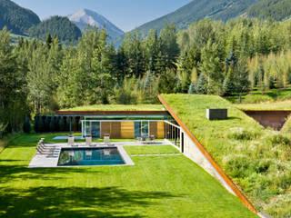 Parfaite intégration au paysage et à la nature Moderne Pools von Ecologic City Garden - Paul Marie Creation Modern