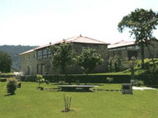 Jardim e Vista Nascente: Casas de campo  por Eduardo Arquitetura