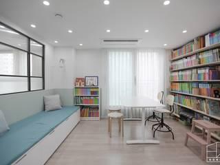 Study/office by 홍예디자인, Scandinavian
