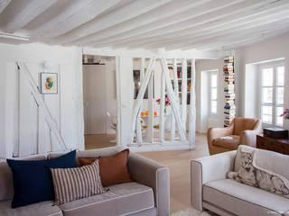 Jardin du luxembourg: Salon de style  par Atelier Sylvie Cahen