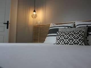 MAISON des VACANCES / LOCATION DE LUXE Chambre moderne par monicacordova Moderne