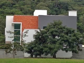 modern  door Form Arquitetura e Design, Modern