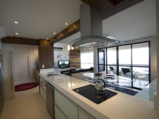 Form Arquitetura e Design Unit dapur White