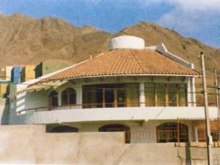 Vivienda Altos gran via - Antofagasta:  de estilo  por  Arquitectos Roman&Toledo