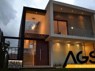 """PROYECTO """"PROVENZA"""" Casas modernas de AGS Arquitectos Moderno"""