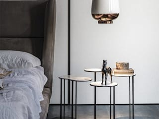 Industrial meets modern Industrial style bedroom by Adore Design Industrial