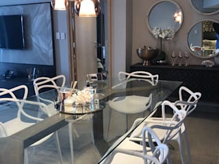 The Pearls of Umhlanga:  Dining room by Adore Design,