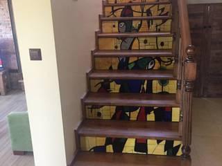 Mozaik Sanat Evi Vestíbulos, pasillos y escalerasEscaleras