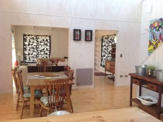 Salle à manger de style  par Casas del Girasol- arquitecto Viña del mar Valparaiso Santiago, Rustique