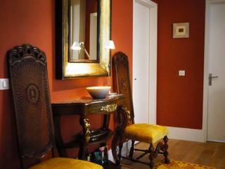 Rénovation d'un appartement à Paris 16e C'Design architectes d'intérieur Couloir, entrée, escaliers classiques