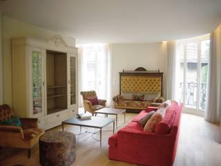 Rénovation d'un appartement à Paris 16e C'Design architectes d'intérieur Salon classique