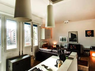 Milano House Cucina moderna di Principioattivo Architecture Group Srl Moderno
