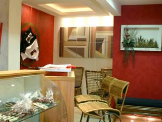 Café: Espaços gastronômicos  por ANDREA PINTO DE ALMEIDA ARQUITETURA E CONSTRUÇÃO,Rústico