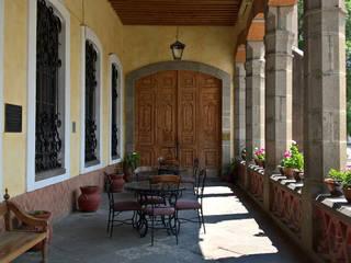 Hacienda de Soltepec.: Hoteles de estilo  por Or Design