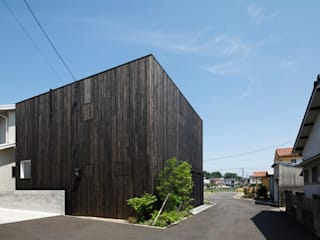 Eclectic style houses by 小松隼人建築設計事務所 Eclectic