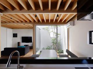 高柳の家: 小松隼人建築設計事務所が手掛けたダイニングです。