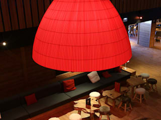 Marmotel Hotel & spa / Pra Loup, Francia di AXOLIGHT Scandinavo