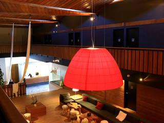Marmotel Hotel & spa / Pra Loup, France AXOLIGHT Tiendas y espacios comerciales